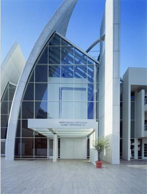 Meier richard architetto nuovi materiali chiesa dives in for Richard meier architetto
