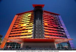 Hotel Puerta America: i diciannove architetti più famosi del mondo