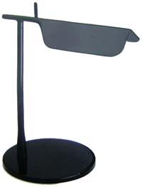 Lampada Tab di Flos: designer BarberOsgerby