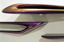 Zaha HAdid limited Version: mensole Serif
