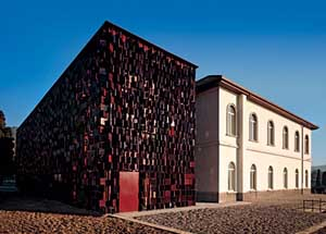 Biblioteca libri terracota Bergamo