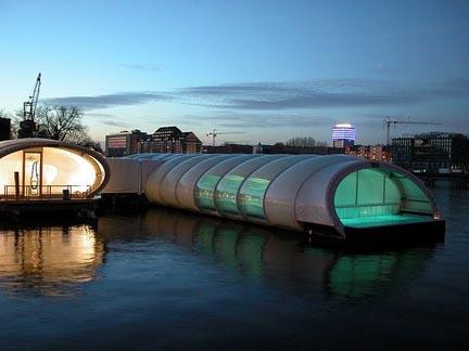 Badeschiff, piscina berlino