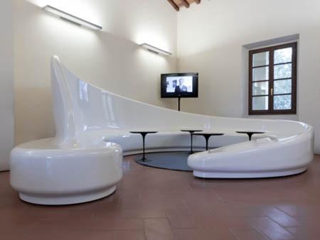 Al salone del mobile milano le sedute spun chair ed for Salone design milano